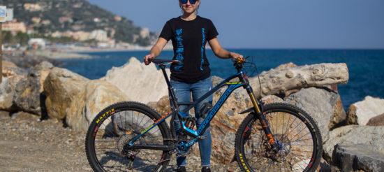 Bike Check – La MONDRAKER DUNE di LAURA ROSSIN