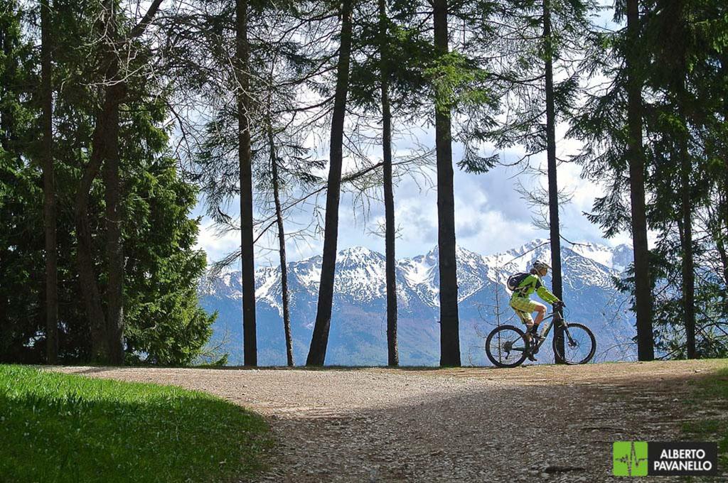 Riva del Garda: Bocca dei Fortini – Passo Rocchetta sentiero 422