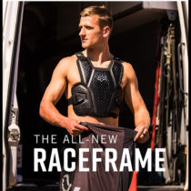 Fox presenta la nyova protezione Raceframe Impact