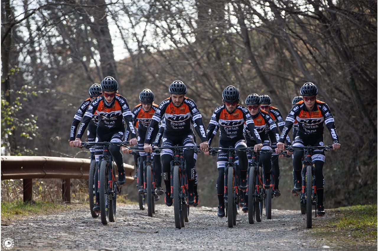 KTM Protek Dama pronto per tornare in pista