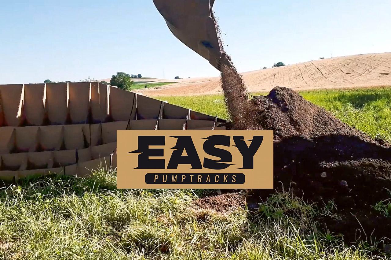 🎥 – EASY PUMPTRACKS: come funziona una pump track modulare in cartone? 😁