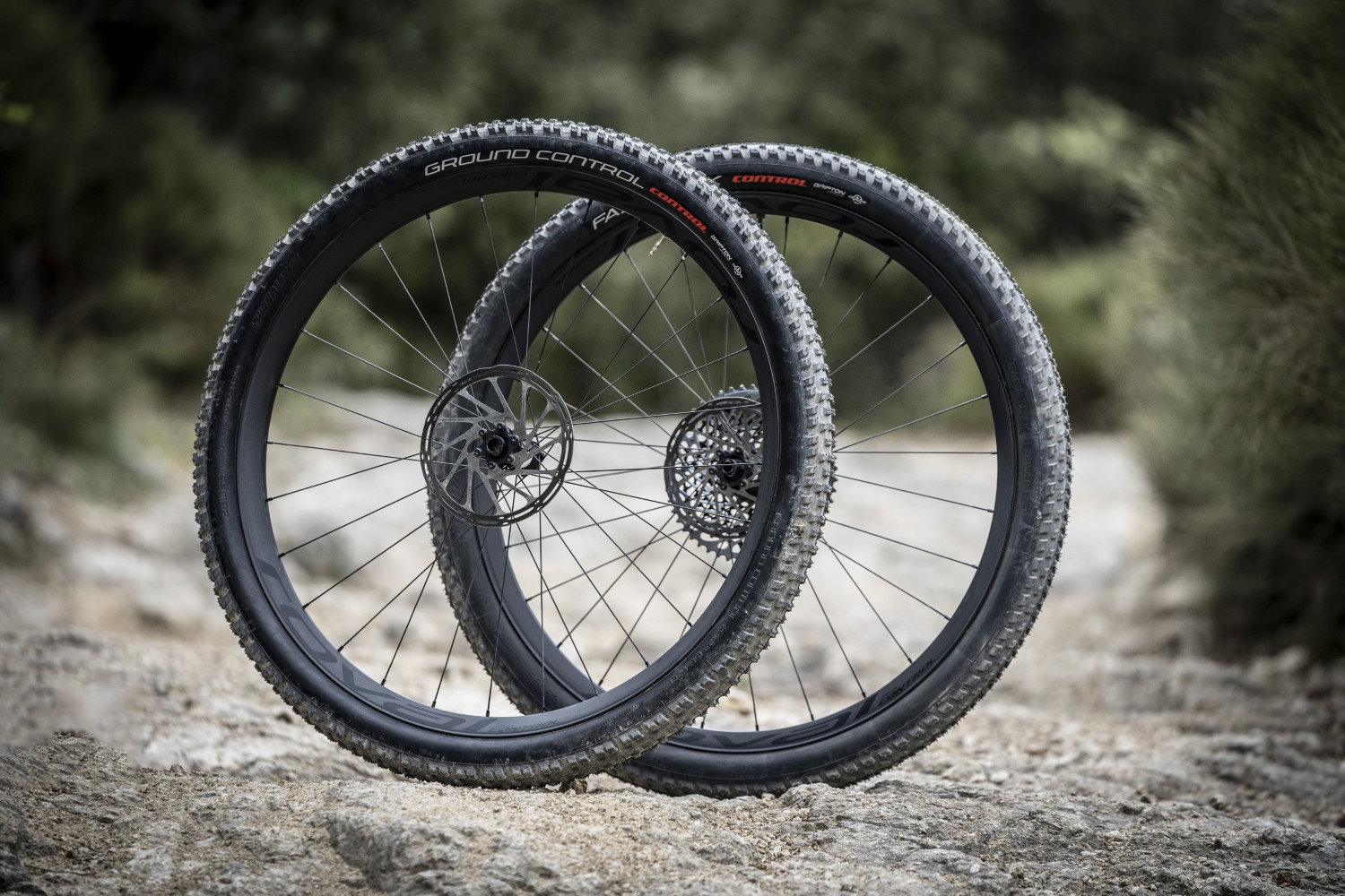 Le nuove ruote SPECIALIZED ROVAL CONTROL 29 CARBON 6B XD
