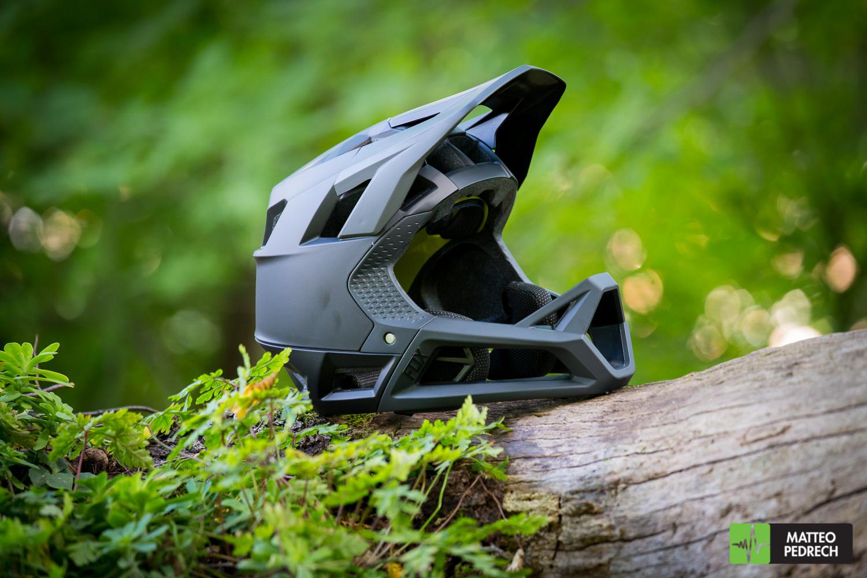 [TEST] Casco integrale FOX RACING PROFRAME: leggerezza e ventilazione, anche per il trail riding!